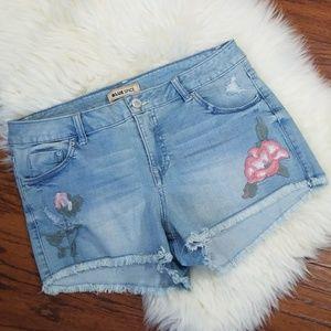 Blue Spice Cutoff Floral Applique Shorts